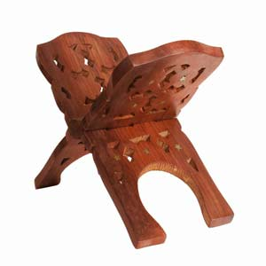Wooden Hand Carved Holy Book Stand 10 Inch (pujabhandar)